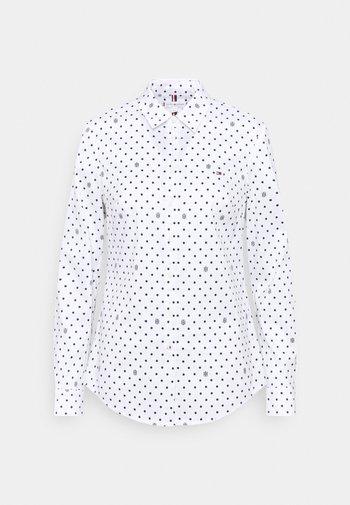 SLIM FIT - Košile - optic white