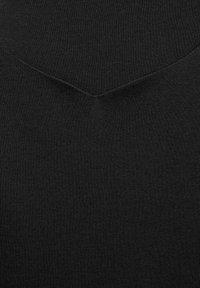 Street One - MIT NEUEM AUSSCHNITT - Basic T-shirt - schwarz - 4