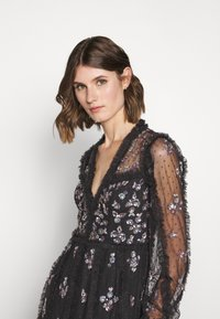 Needle & Thread - PENELOPE SHIMMER GOWN - Occasion wear - graphite - 5