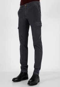 Scalpers - Cargo trousers - blue - 0