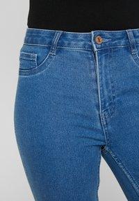 ONLY - ONLFHI MAX LIFE BOX - Skinny džíny - medium blue denim - 3