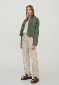 PULL&BEAR - Summer jacket - khaki - 1