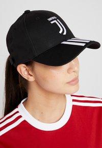 adidas Performance - JUVENTUS TURIN C40 CAP - Cappellino - black/white/active pink - 4