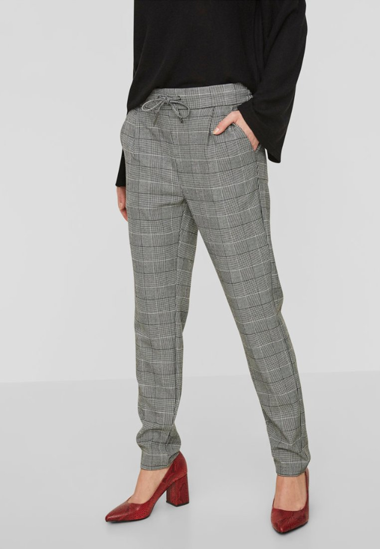 Vero Moda - CHEQUERED - Trousers - grey