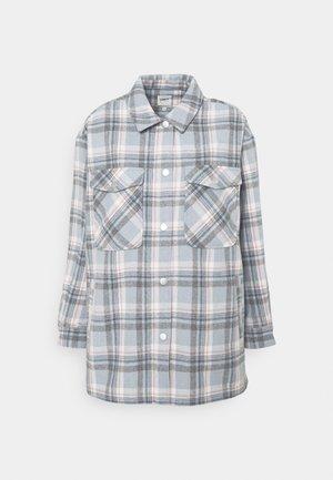 ONLELLENE VALDA CHACKET - Summer jacket - cashmere blue/blue/pink