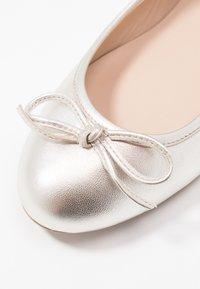 Brenda Zaro Wide Fit - WIDE FIT CARLA - Ballerinat - etoile elektra - 2