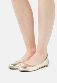 Even&Odd Wide Fit - Ballerinaskor - gold - 0