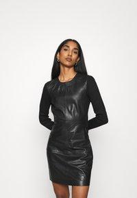 ONLY - ONLLENA DRESS - Denní šaty - black - 0