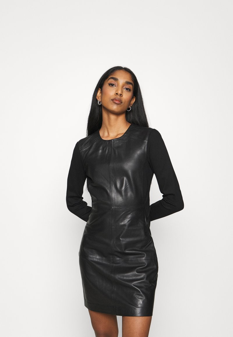 ONLY - ONLLENA DRESS - Denní šaty - black