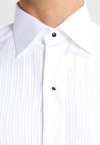 Eton - SLIM FIT - Camisa elegante - white - 3