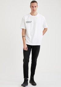 DeFacto - Slim fit -farkut - black - 3