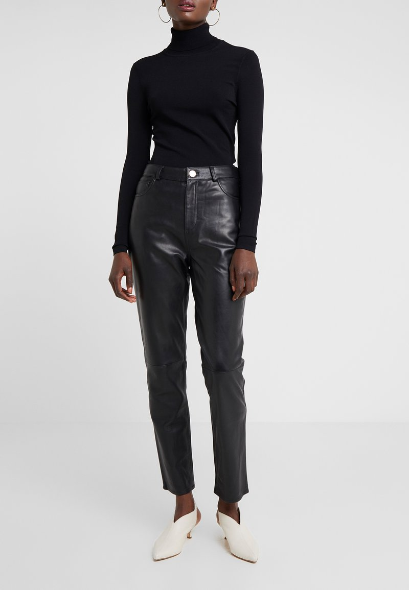 2nd Day - BOOGIE - Leather trousers - black