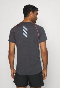 adidas Performance - ADI RUNNER TEE - Print T-shirt - dark grey solar grey - 2