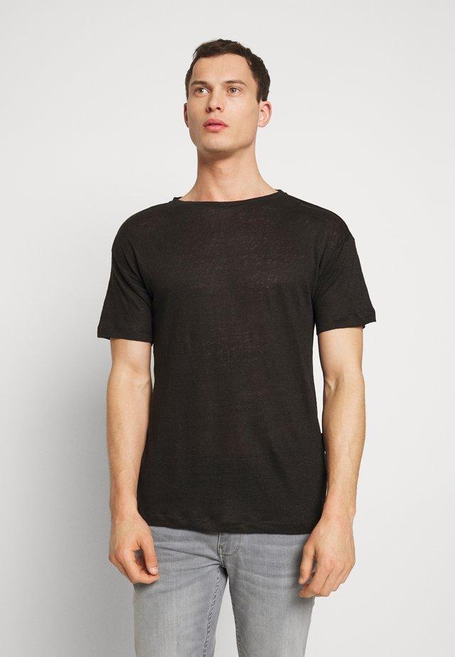 BEJAKE - T-shirt z nadrukiem - black