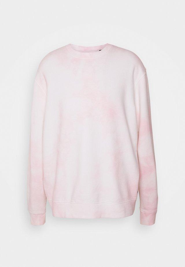 KYLE TIE DYE CREW - Sweatshirt - chalk white/pink