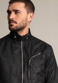 Schott - Outdoor jacket - schwarz - 3