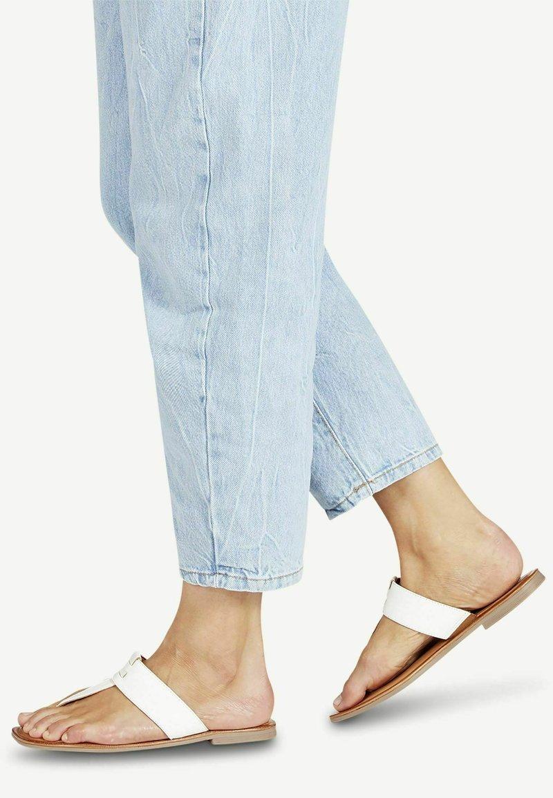 Tamaris - T-bar sandals - white