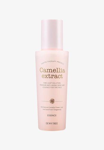 CAMELLIA EXTRACT ESSENCE - Serum - -
