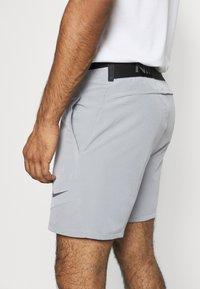 Nike Performance - FLEX SHORT 2.0 - Pantaloncini sportivi - particle grey/black - 4