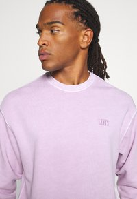 Levi's® - AUTHENTIC LOGO CREWNECK - Sweatshirt - lavender frost - 4