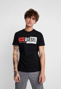 Diesel - DIEGO CUTY - Print T-shirt - black - 0