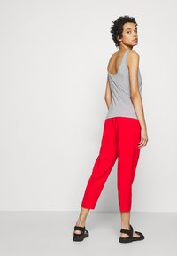 Sisley - TROUSERS - Pantaloni - red - 2