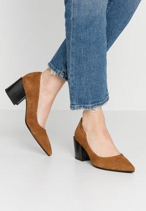 ADRIANNA - Classic heels - caramel