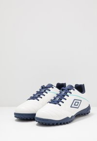 Umbro - MEDUSÆ III LEAGUE TF - Scarpe da calcetto con tacchetti - white/medieval blue/blue radiance - 2