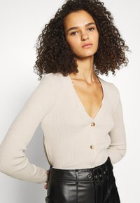 Missguided Tall - SKINNY CROPPED CARDIGAN - Cardigan - beige - 3