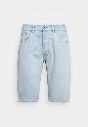CALLEN SHORT - Shorts vaqueros - blue denim