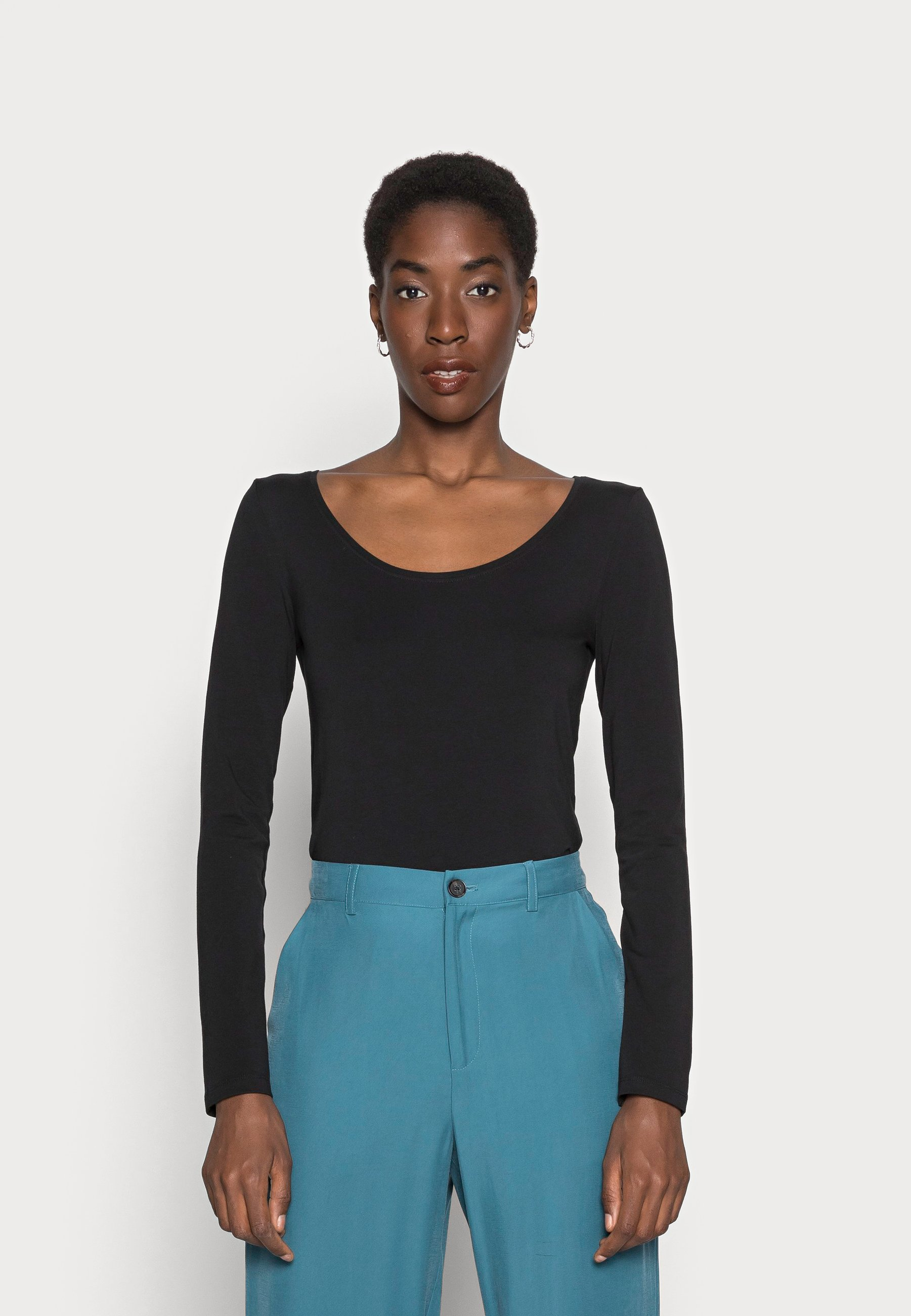 Femme BASIC ROUND NECK LONG SLEEVES - T-shirt à manches longues