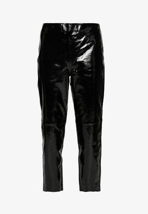 YASPATTY PATENT PANT SHOW - Pantalón de cuero - black