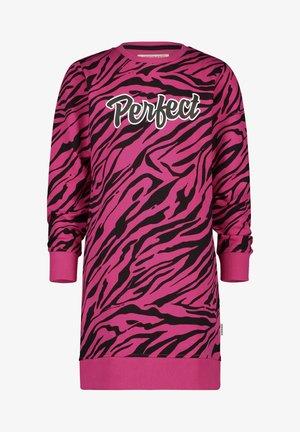 PIEKE - Jersey dress - multicolor pink