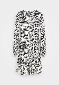 Pinko - UTOPIA - Day dress - bianco/nero - 8