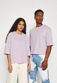YOURTURN - UNISEX  - T-shirt - bas - lilac - 0
