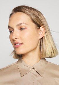 Lauren Ralph Lauren - SILKY DRESS - Vestido camisero - birch tan - 3