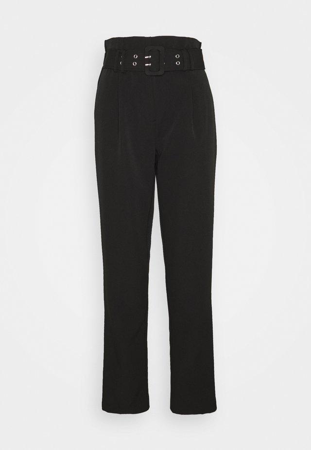 PEG LEG TROUSER - Trousers - black