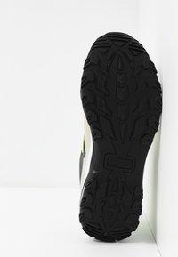 GAS Footwear - WISTOON - Trainers - white/neon yellow - 4
