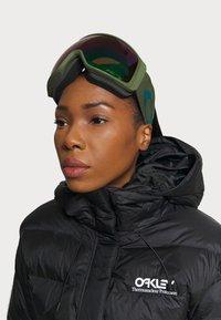 Oakley - FLIGHT TRACKER XL - Gogle narciarskie - prizm snow jade - 0