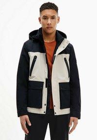 Calvin Klein - TECHNICAL - Light jacket - bleached stone - 0
