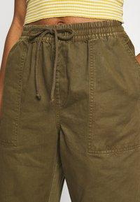Cotton On - EVIE  - Kalhoty - dark olive - 4