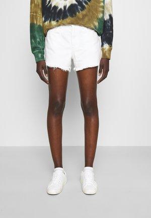 FURMAN WASH - Denim shorts - white