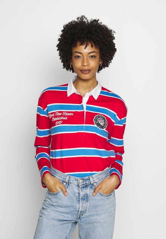 VARSITY HEAVY RUGGER - Long sleeved top - bright red