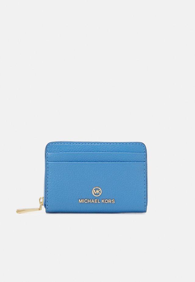 JET SET CHARM COIN CARD CASE - Portefeuille - pacific