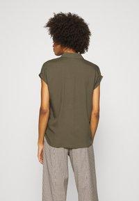 comma - KURZARM - Button-down blouse - khaki - 2
