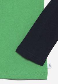 GAP - BOY  - Long sleeved top - lush green - 2