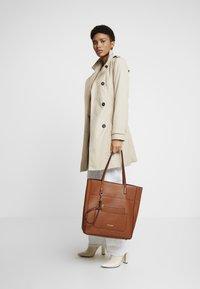 Steve Madden - BKIMMY SET - Tote bag - cognac - 1