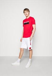 HUGO - DACTUS - Shorts - white - 1