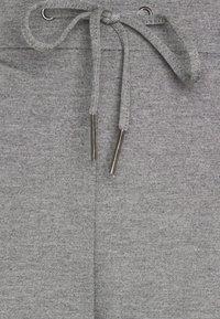 Vero Moda Tall - VMEVA LOOSE STRING PANTS  - Tracksuit bottoms - medium grey melange - 3
