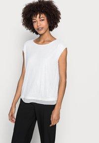 Esprit Collection - PAILETTEN SHIRT - Print T-shirt - off white - 3